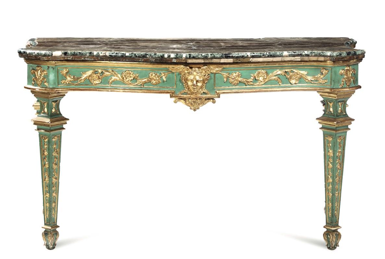 Coppia di tavoli da parete in legno scolpito, intagliato ...