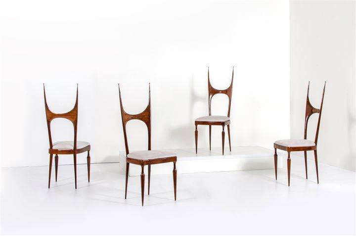 Sedie Imbottite Anni 50 : Pozzi e verga quattro sedie con struttura in legno di