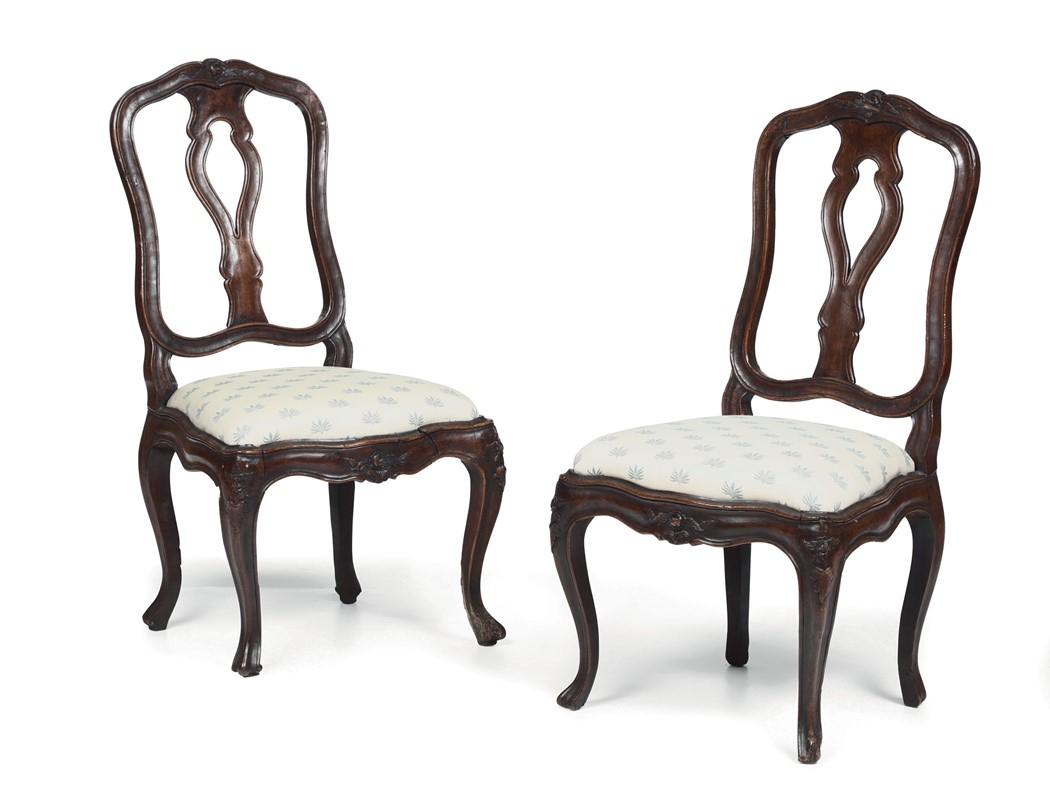 Coppia di sedie Luigi XV in noce, Veneto XVIII secolo - Asta ...