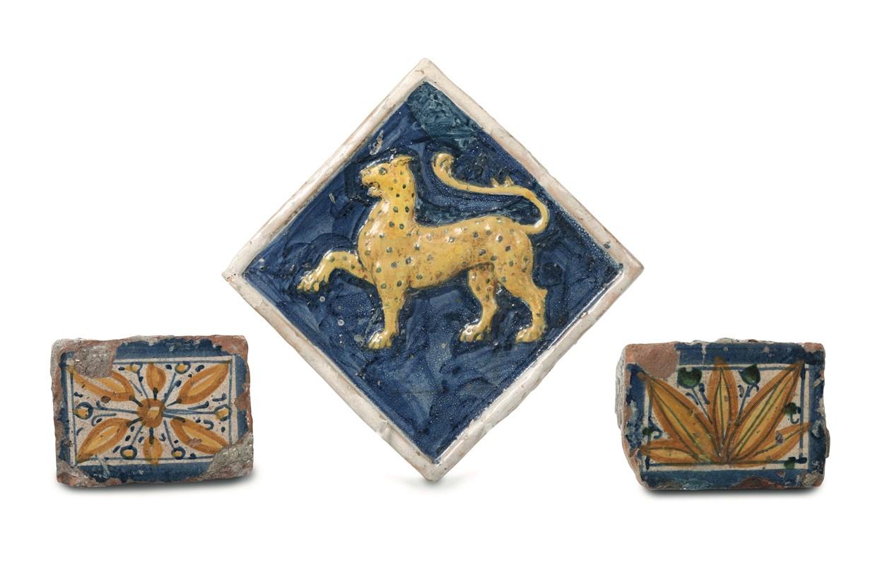 Tre piastrelle da pavimento centro italia bottega del xvi e xvii
